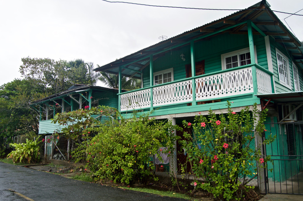 bocas del toro mature personals You hear of places where travellers tend to 'get stuck' bocas del toro panama is one of those places bocas del toro panama ultimate travel guide.